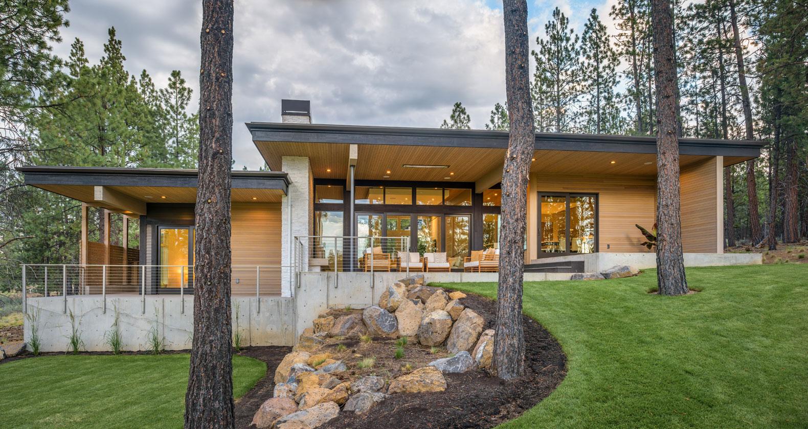mid century modern modern architecture bend oregon tetherow golf dream home steel bridge mountain bike outdoor living